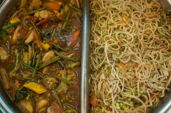 Tangra styled chow-mien and vegetable in some suspicious sauce)