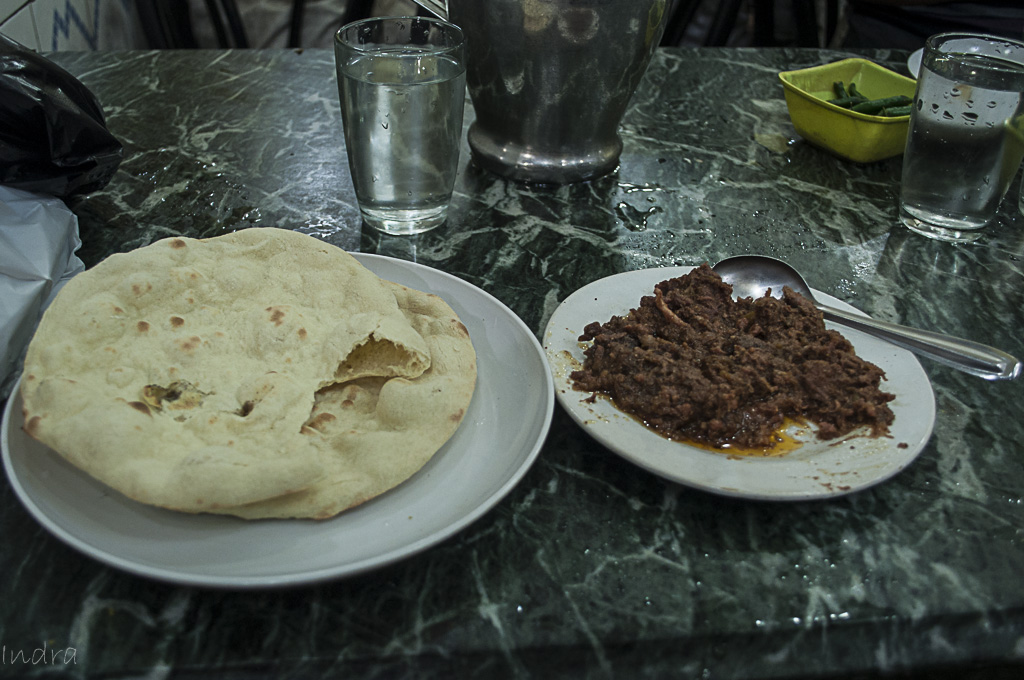 Tandoori roti and beef champ